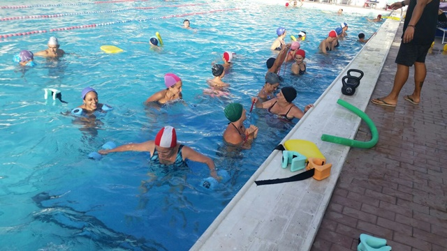 Hydrocircuit piscina roma for Piscina roma