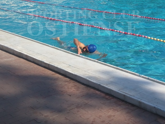 Corsi di nuoto piscina roma - Piscina giussano nuoto libero ...