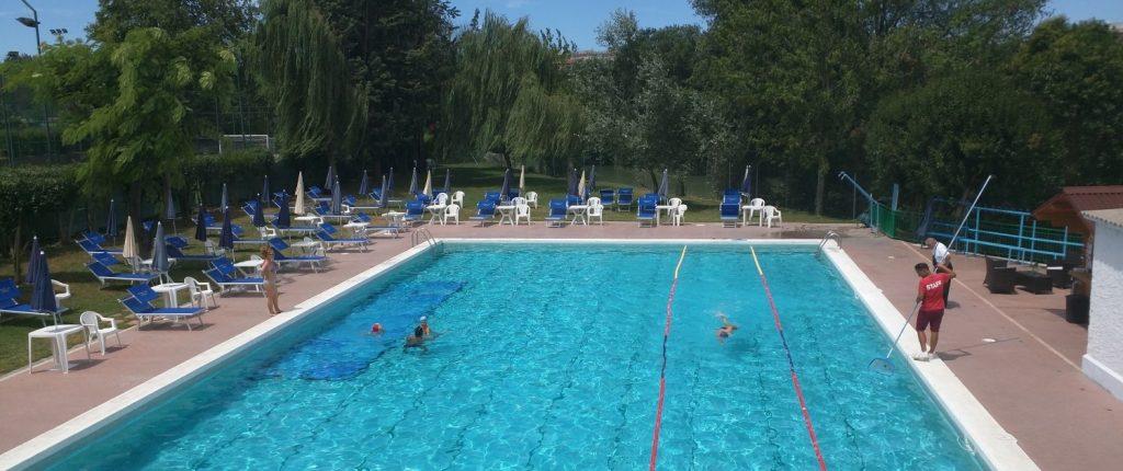 la tua piscina a roma